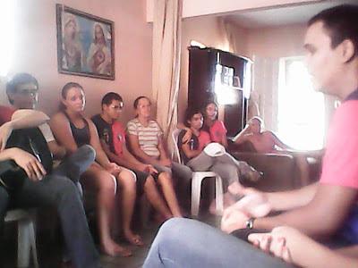 """""""Fomos adotados por uma mãe""""... A JM em Missão no mês de maio"""