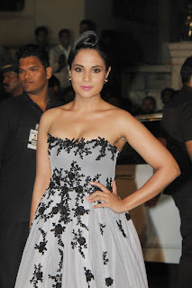 Actress Bollywood Female Celebrities Pictures at 60th Film Fare Awards 2015 5