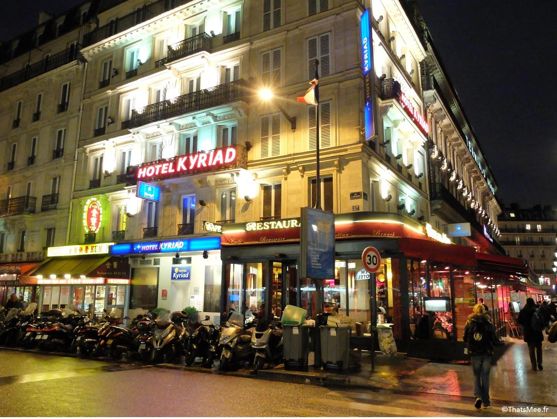 Hôtel Kyriad néons gare du Nord rue de Dunkerque Paris thatsmee.fr