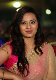 Actress Isha Chawla new Photos gallery