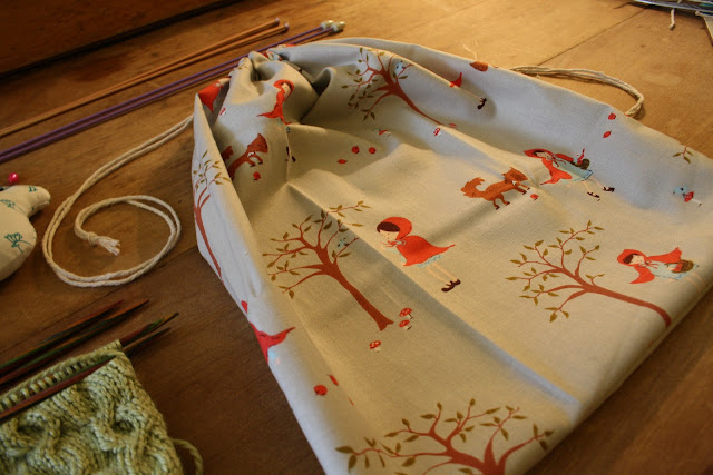 DIY:  Sew an Easy Project Bag @owlprintpanda.blogspot.co.uk