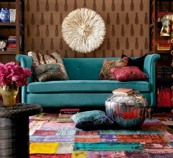 Eye for design decorating in patchwork chic for Multi color living room ideas