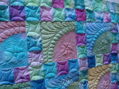 The Nifty Stitcher Pastel Baby Quilt