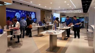 Samsung 'Bajak' Desainer Toko Ritel Apple
