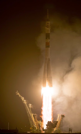 EXPEDITION 40 LAUNCHES TO ISS