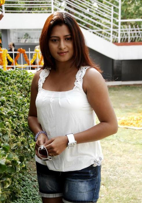 farah khan spicy actress pics
