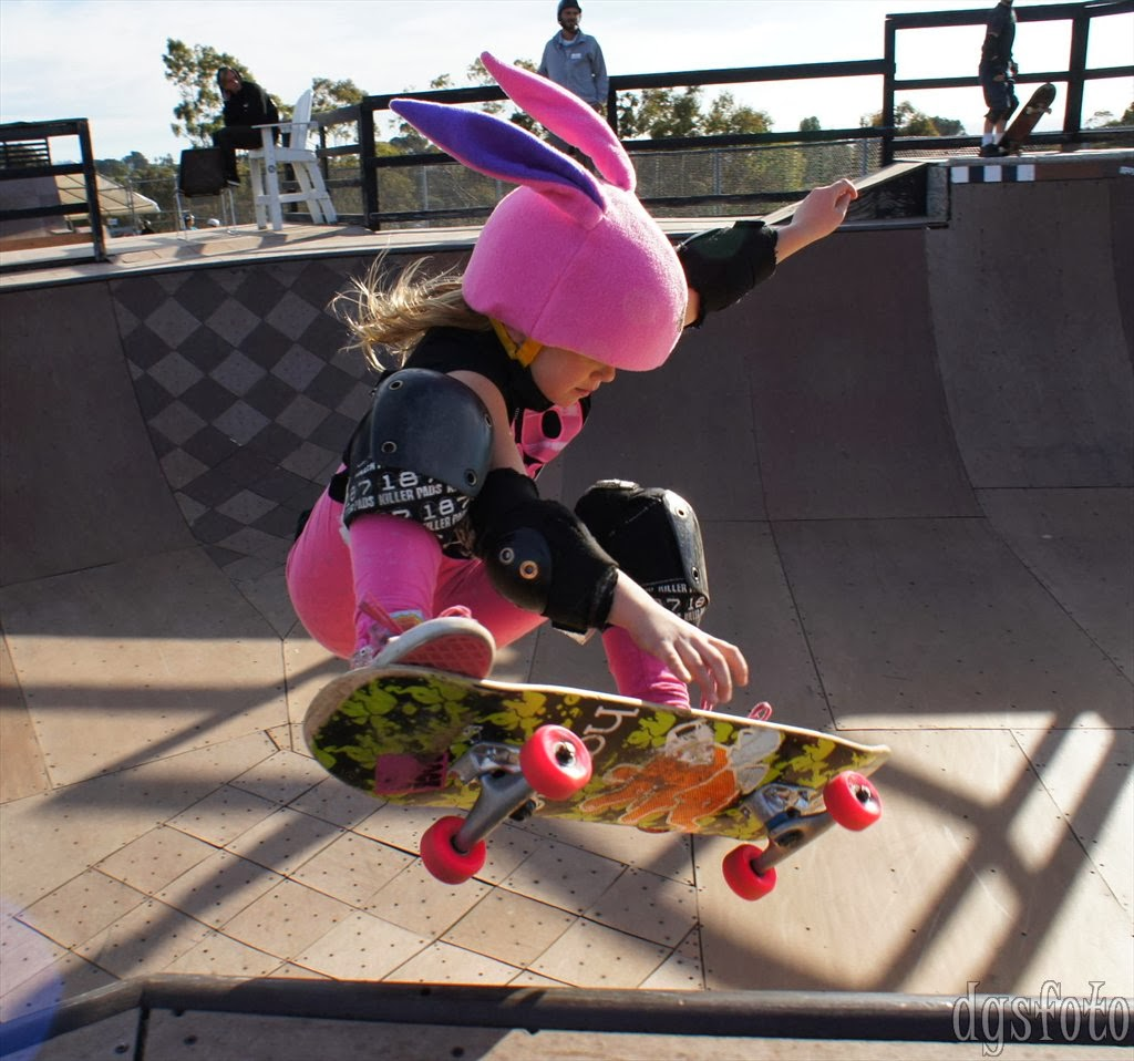 Girl Skateboarding In A Bunny Outfit Blueiskewl Ring Universal Up To 55 Inch