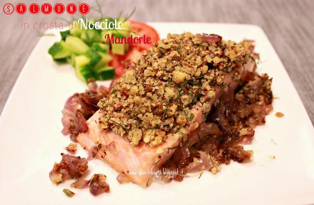 filetto di salmone in crosta di nocciole e mandorle