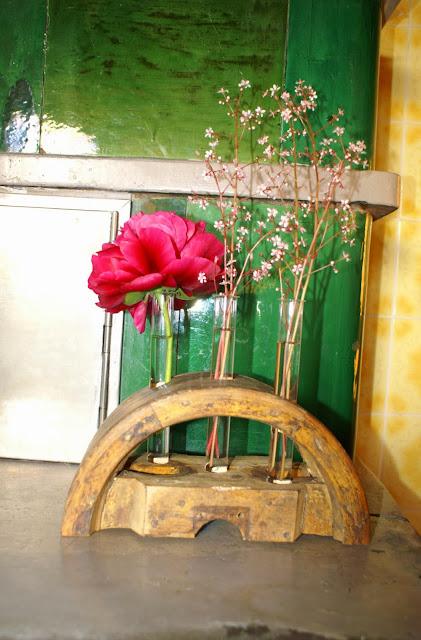 Vase aus Holz und Glas