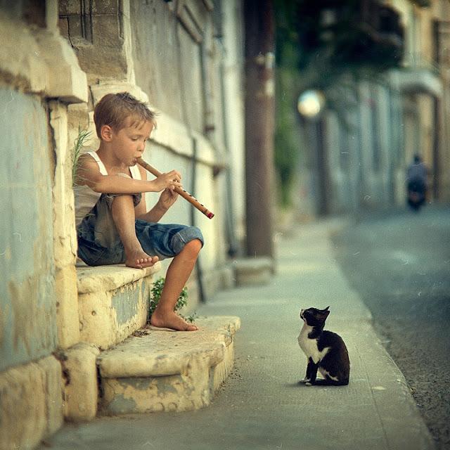 Fløjtespiller og kat