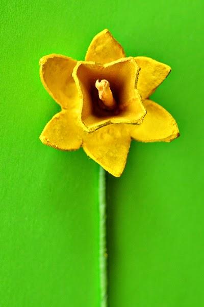 Flores con Cajas de Huevo, Manualidades Faciles Paso a Paso
