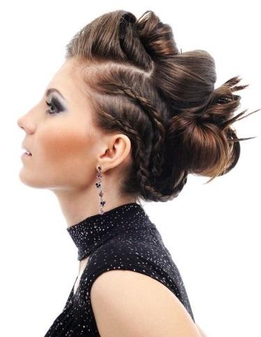 Mujer estilo y belleza recogidos con trenzas 2015 - Peinados monos modernos ...