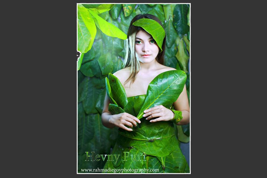 foto model konsep daun hijau 1