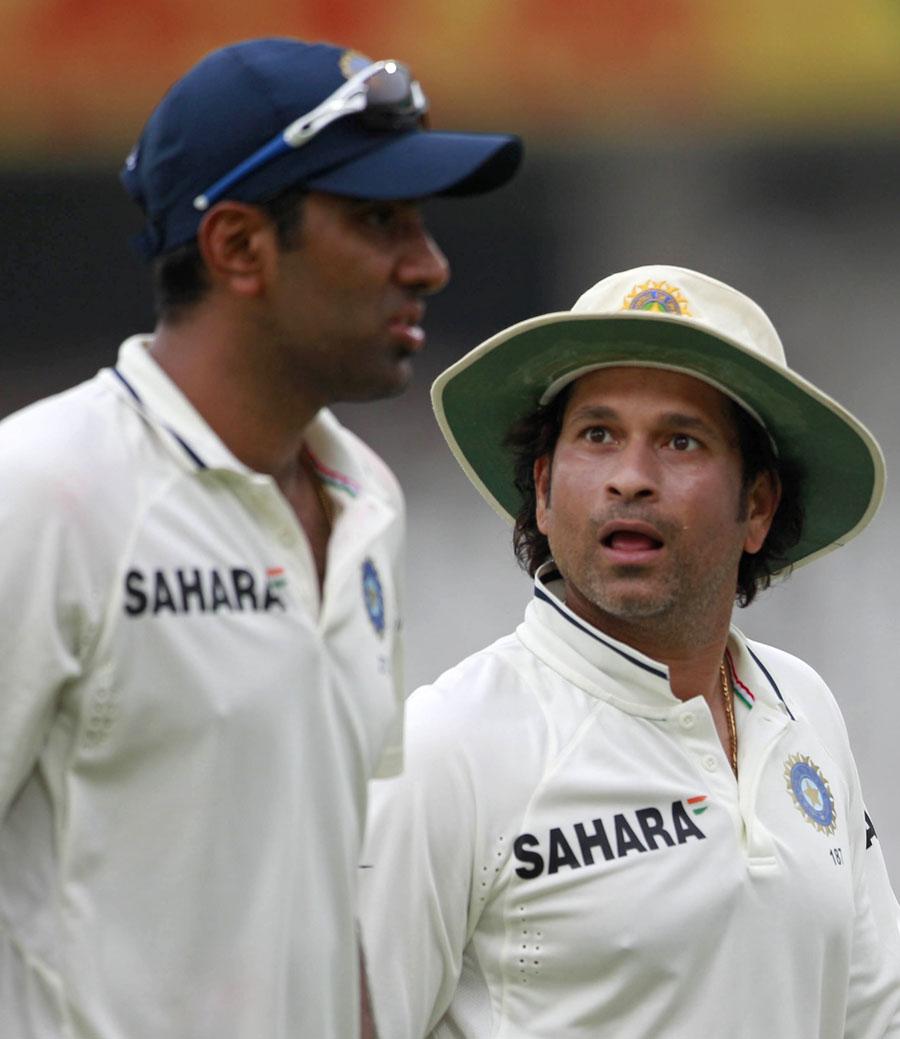 sachin r tendulkar Sachin tendulkar is one of cricket's all-time greatest batsmen he won a world cup in 2011.
