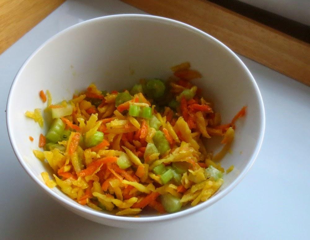 Karotten-Stangensellerie-Salat