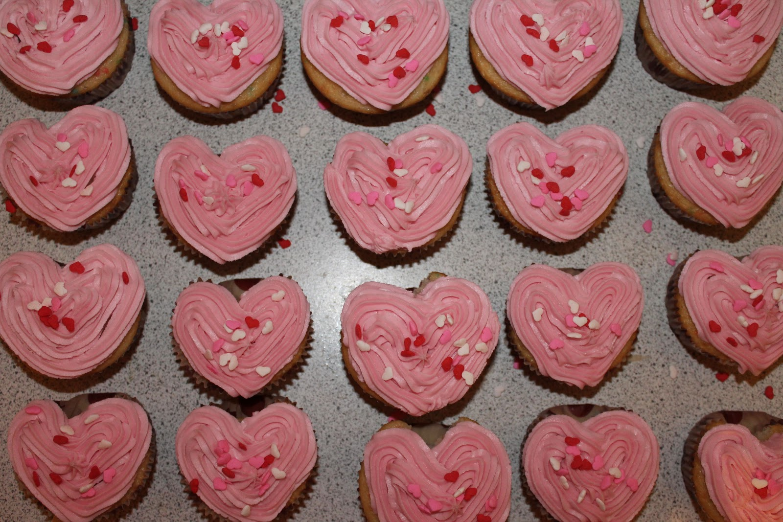 how to make heart shaped cupcakes without marbles