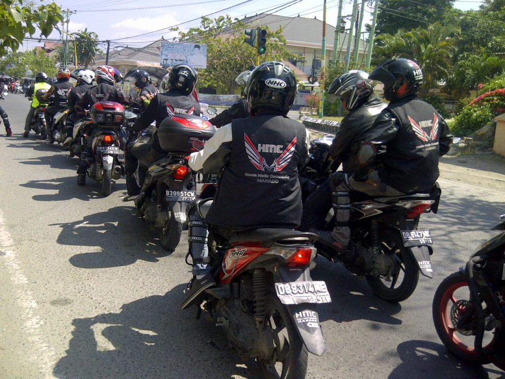 Kumn Modifikasi Motor Matic Buat Touring Terbaru | Pojok Otomania on honda beat modifikasi warna motor, honda beat modified, honda beat off-road, honda beat modification, honda beat race, honda beat pop,