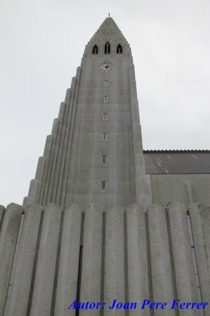 visita a la hallgrimskirkja de reykjavik