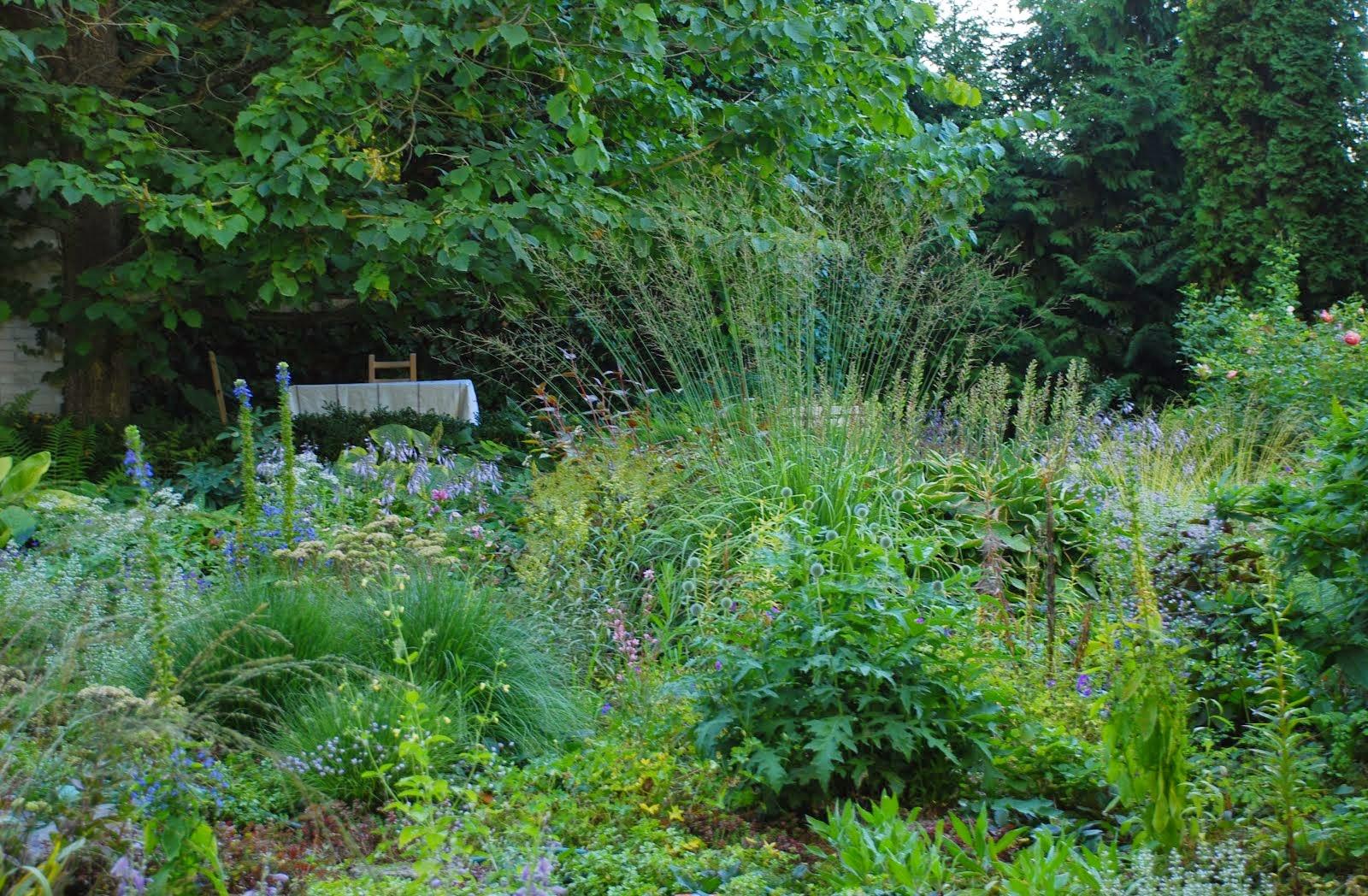 KERTI NAPLÓ – Gartentagesbuch