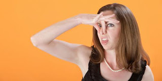 9 Faktor Penyebab Bau Mulut