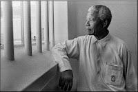 http://es.wikipedia.org/wiki/Nelson_Mandela