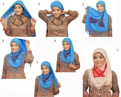 Cara Memakai hijab Segitiga Simpel Tapi Elegan