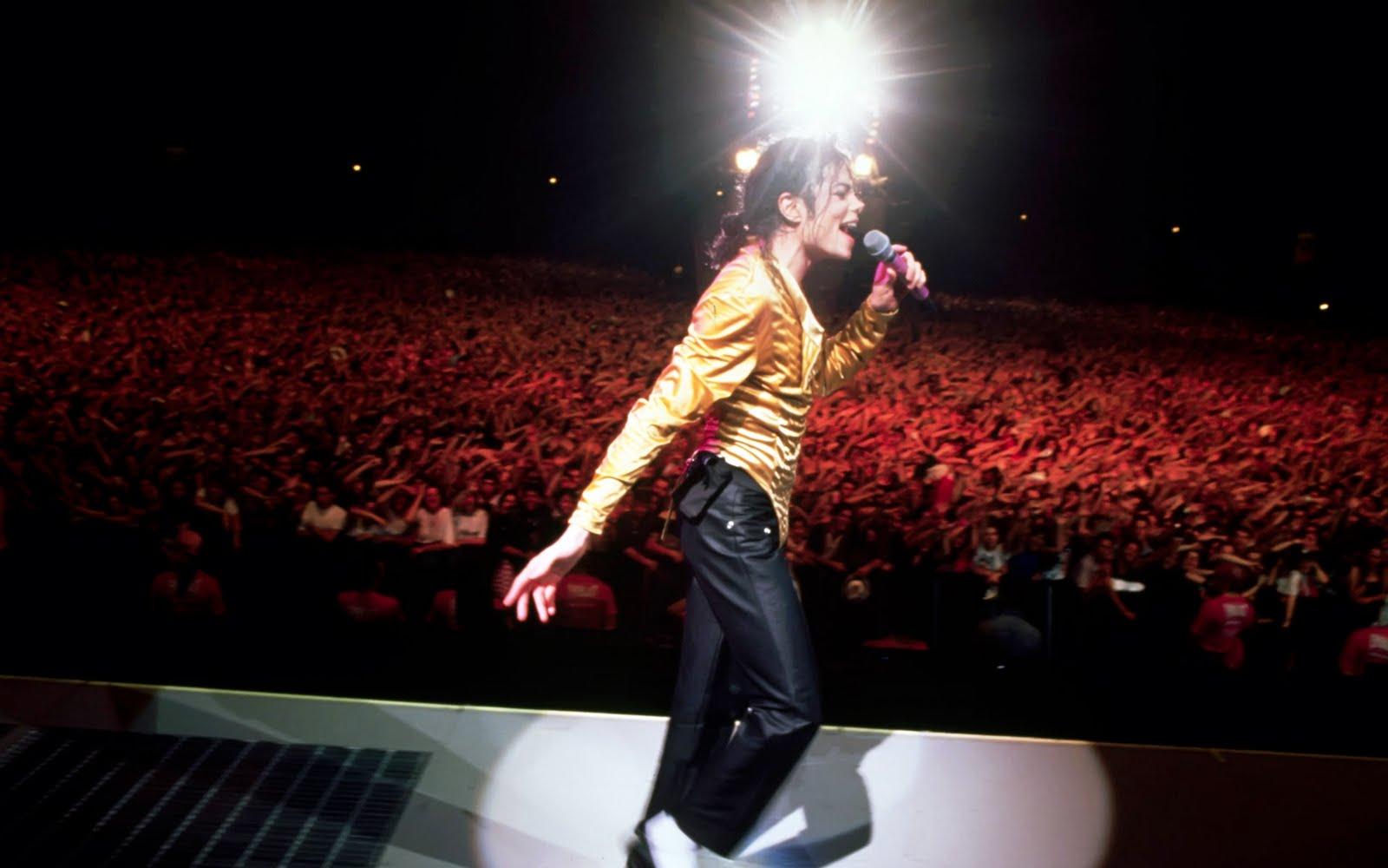 http://4.bp.blogspot.com/-llWjbbtB_DM/UI9EivDsWPI/AAAAAAAABbI/S7PgmPTe4C8/s1600/Michael-Jackson-Wallpaper-3.jpg