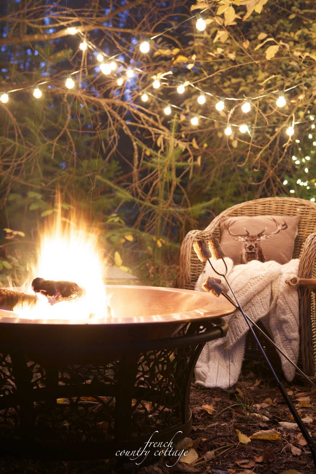 French country cottage christmas home tour french for French country outdoor lighting