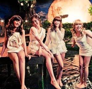 Secret Starlight Moonlight members
