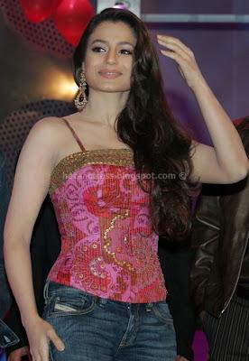 Amisha patel hot pics