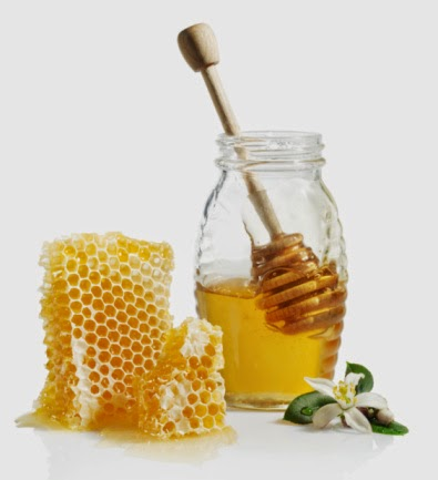 Mặt nạ tự nhiên bằng mật ong trị mụn