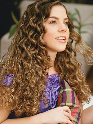 cabelos-cacheados-longos-2