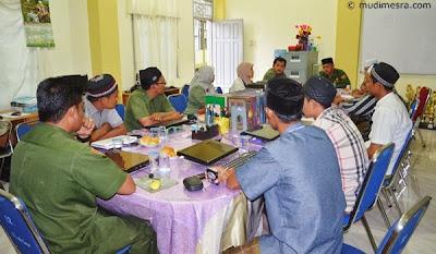 Tim Monitoring Kemenang disambut pengurus Dayah MUDI Mesra.