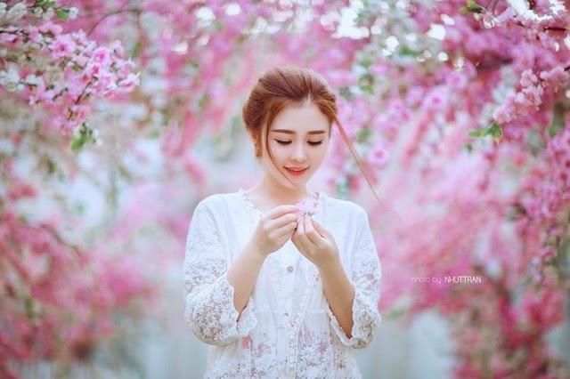 Vẻ đẹp của hot girl phố núi khiến bao trái tim xao xuyến