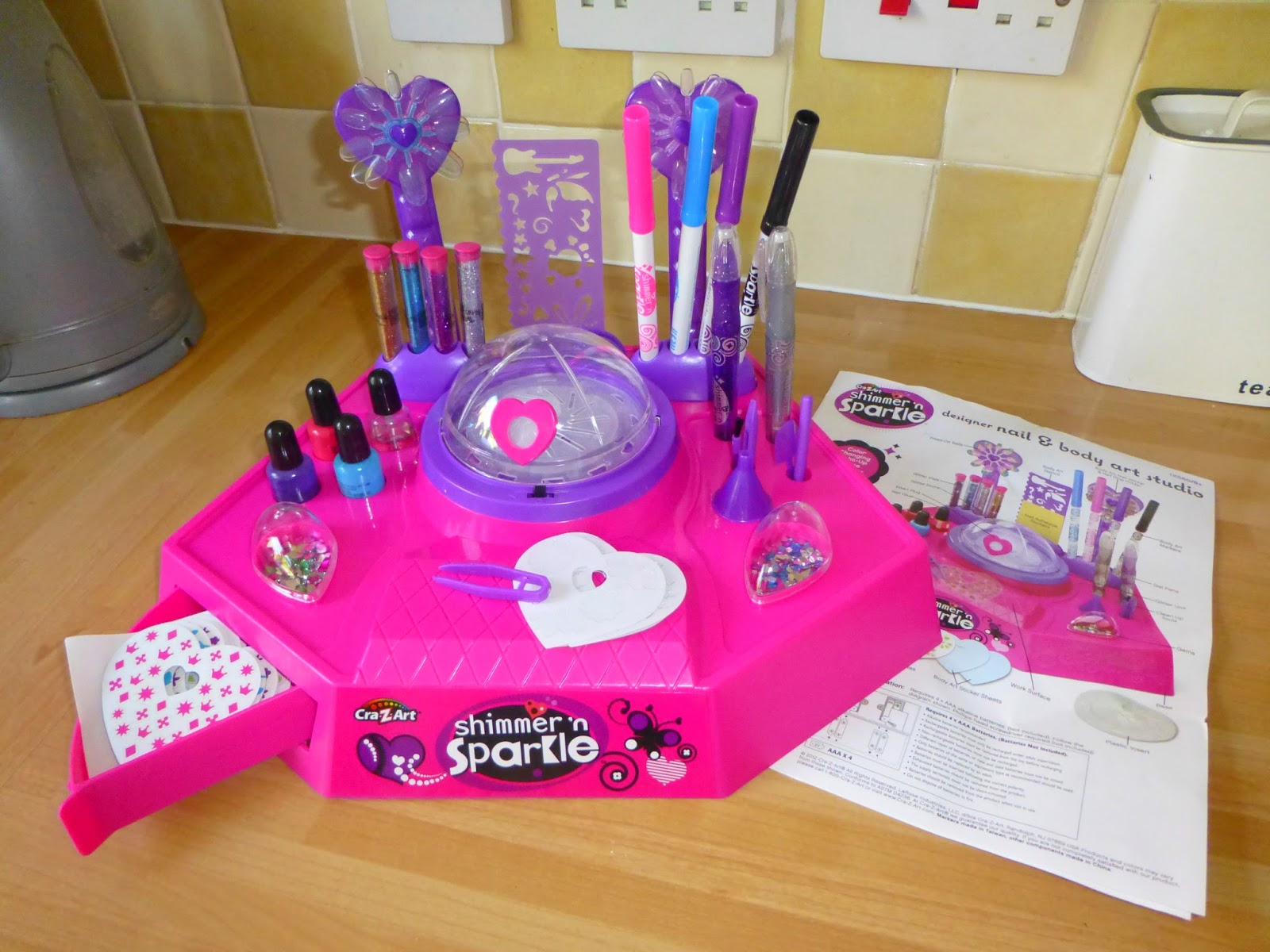 Shimmer n sparkle designer nail and body art studio review the workstation was really easy to put together and took around 5 minutes 4 aaa batteries are needed for the stations colour changing glitter dome prinsesfo Choice Image