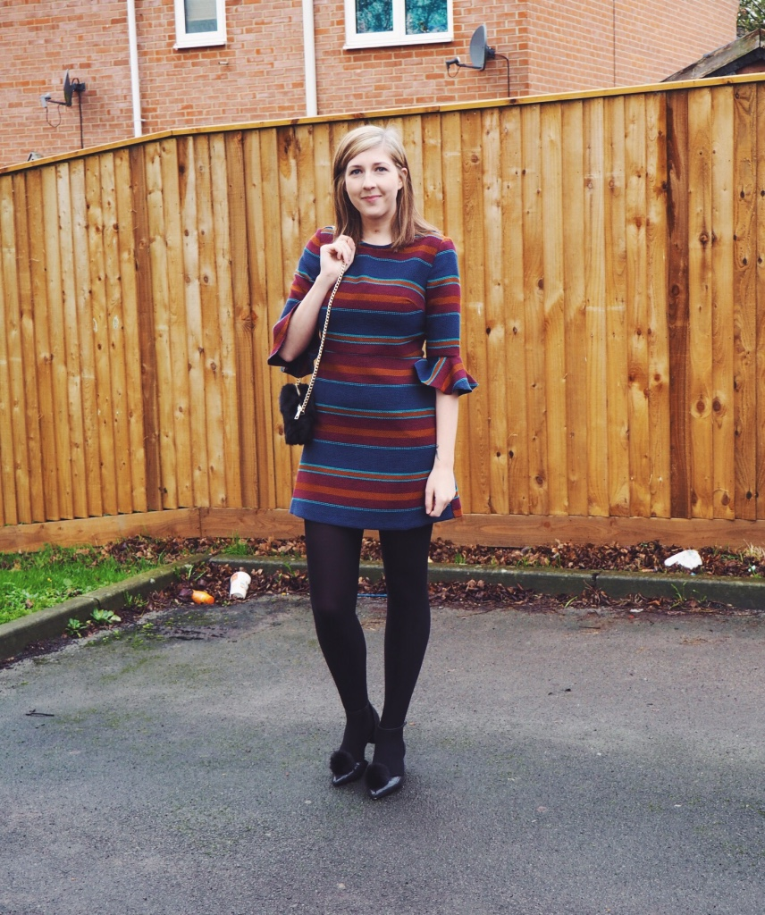 topshop, asos, fluffybag, primark, wiw, whatimwearing, ootd outfitoftheday, lotd, lookoftheday, asseenonme, stripeydress, bellsleeves, fluffyshoes, fbloggers, fashionbloggers