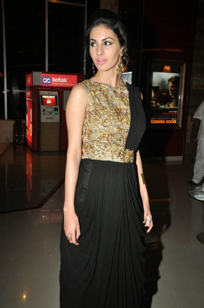 Amrya dastur glamorous photos-HQ-Photo-10