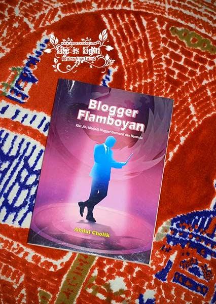 Blogger Flamboyan sixmidad