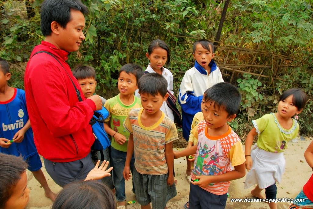 Tham quan bản Bo ở Lai Châu