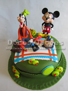 Bolo aniversário Mickey e Pateta