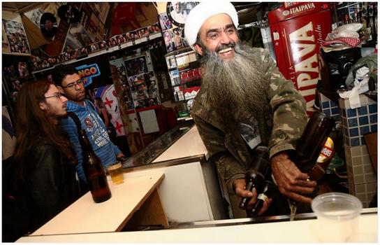 Tiru Gaya Osama Bin Laden Lelaki Ini Jadi Terkenal