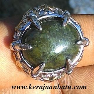 NATURAL GREEN SERPENTINE PAPUA KODE KB192