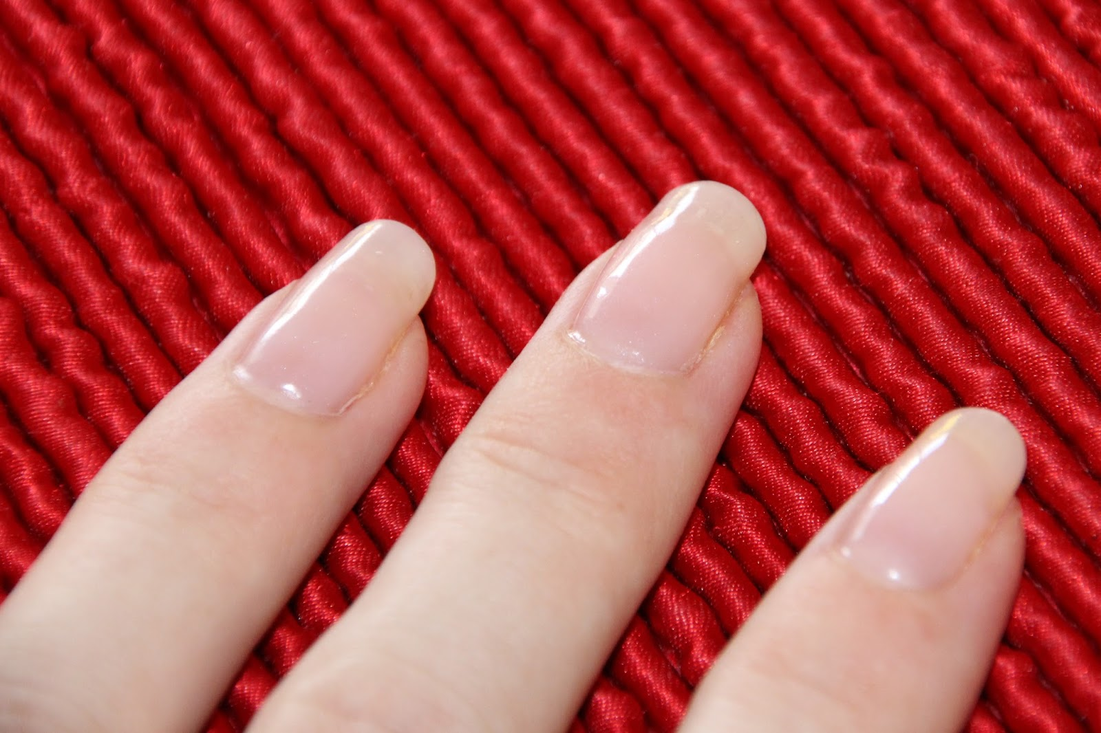 Cassadiva: How To Do Your Own Shellac Nails - Getting Started