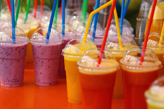 shake, lody, mrożone owoce, nabiał, napój mleczny, lody mrożone