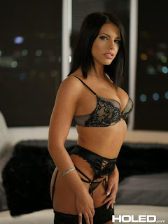 Free Picture - rs-hol_adrianachechik_pics-8-752343.jpg