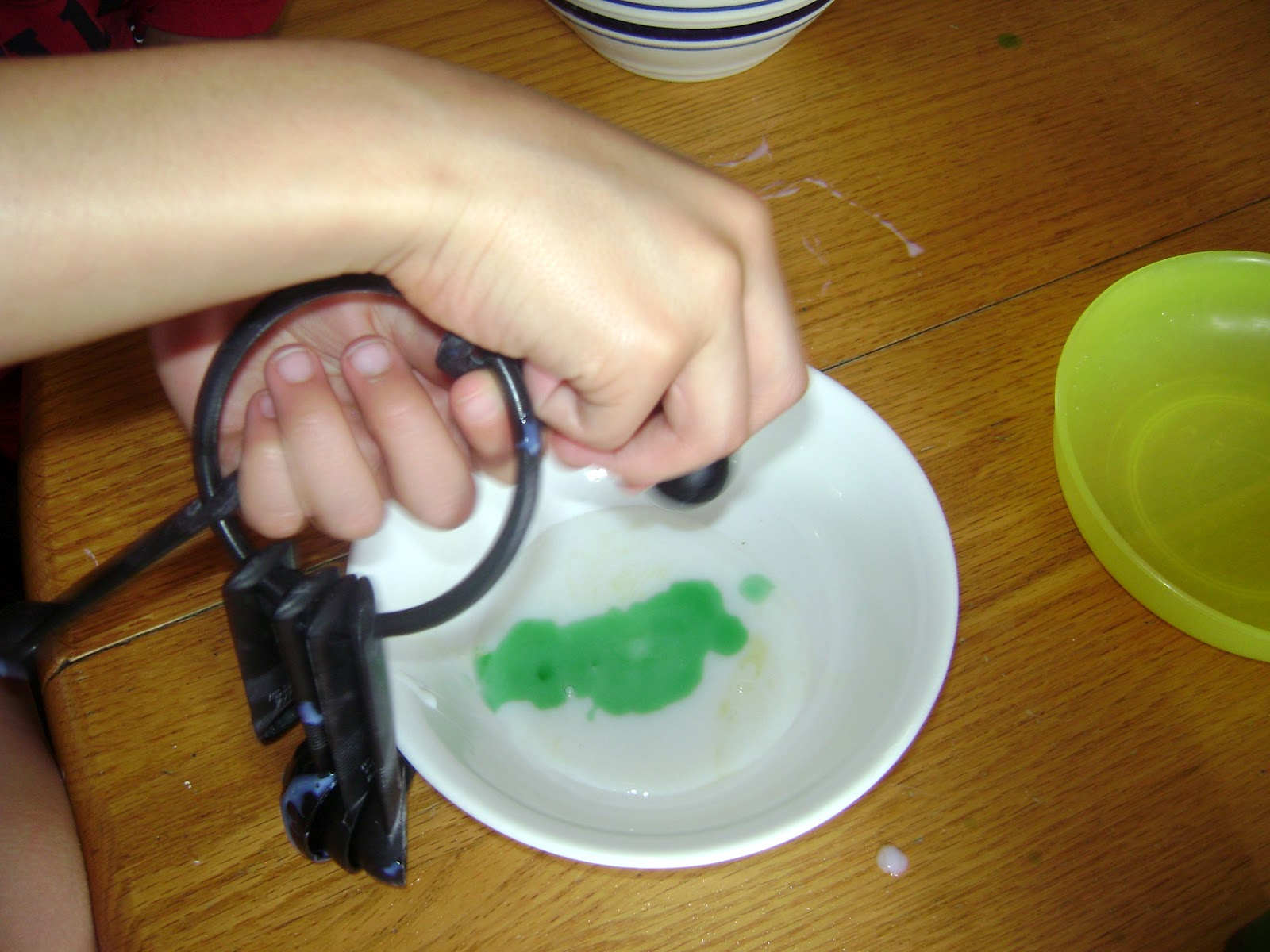 how to make bouncy balls out of borax and cornstarch