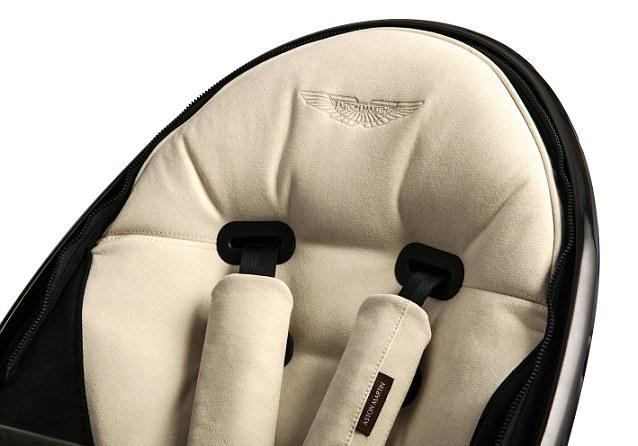 Aston Martin baby stroller - Les bons viveurs Blogs
