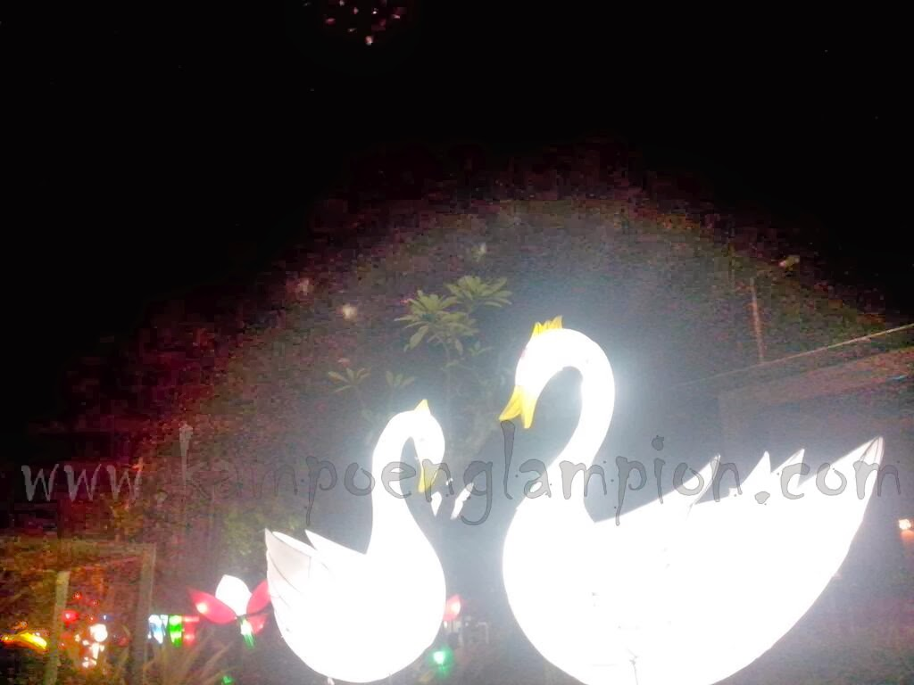 http://kampoeng-lampion.indonetwork.co.id