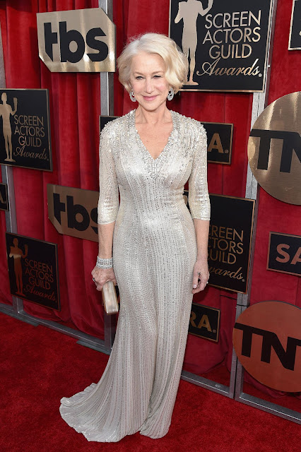 Helen Mirren - Sag awards 2016 - as mais bem vestidas da red carpet