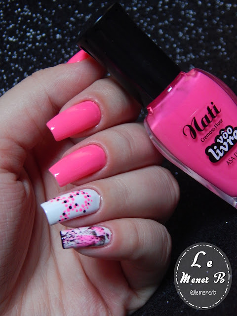 nail art outubro rosa